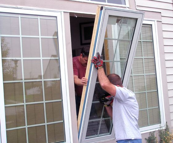 licensed window company installing windows in Paradise Pennsylvania