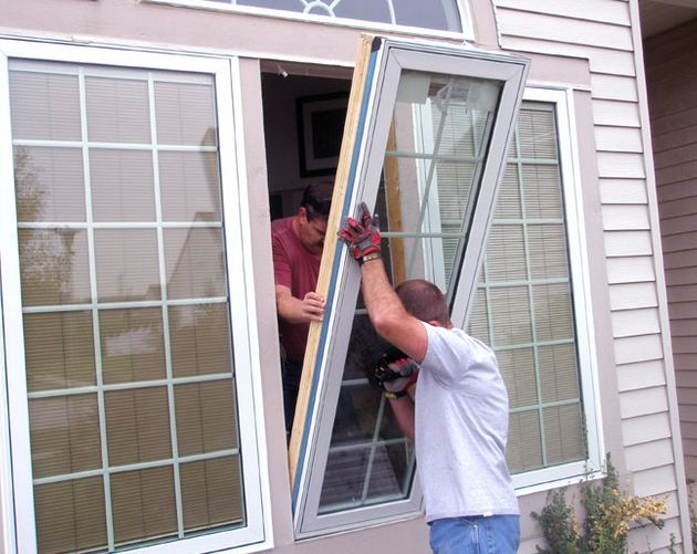 licensed window contractor replacing customers windows near Audubon New Jersey