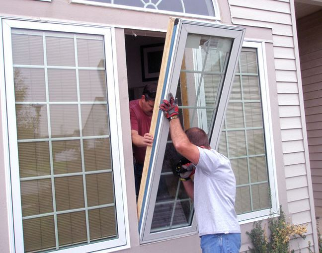 expert window specialist installing clients windows in Birchrunville PA